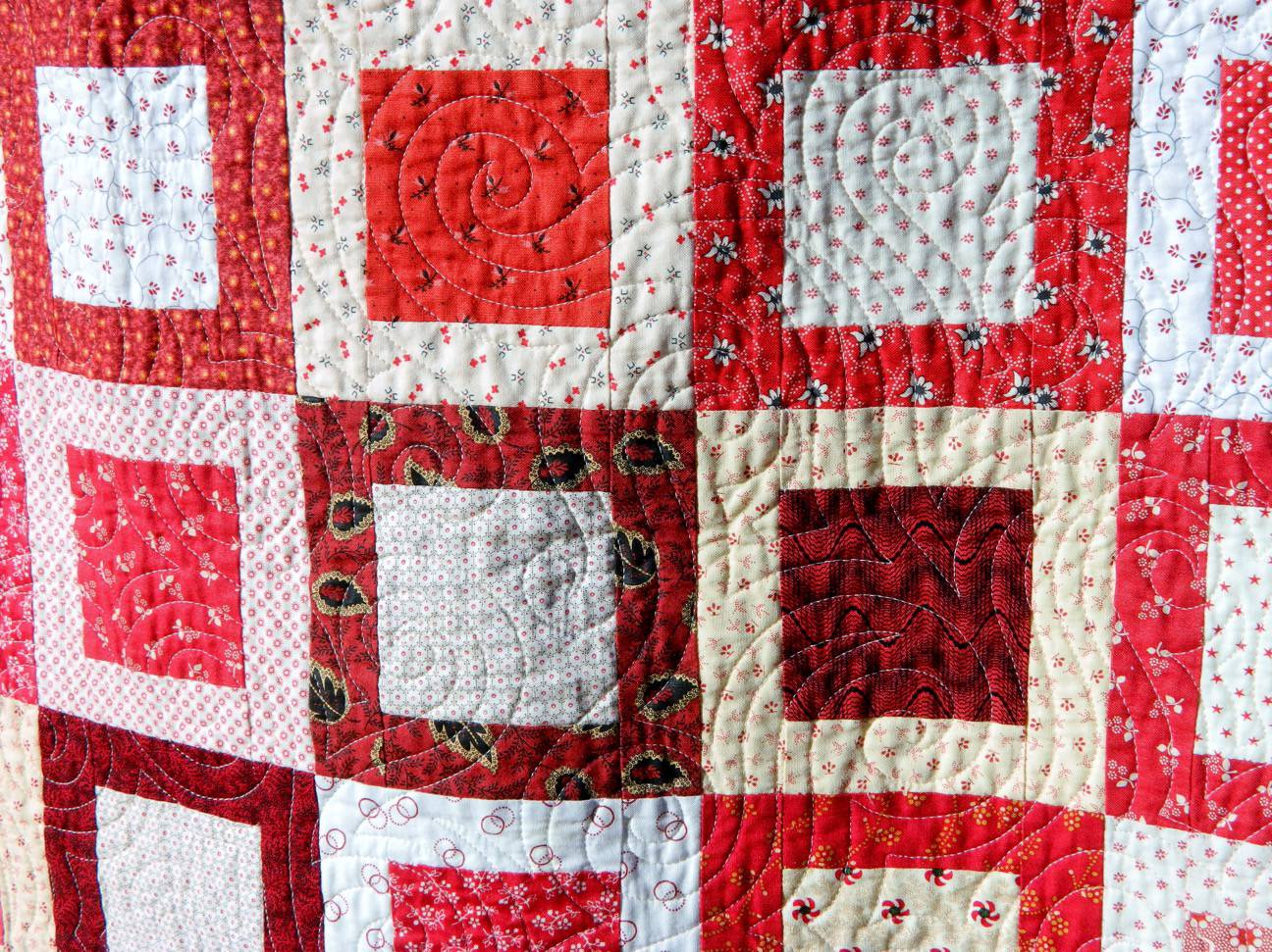 Red white quilting.JPG