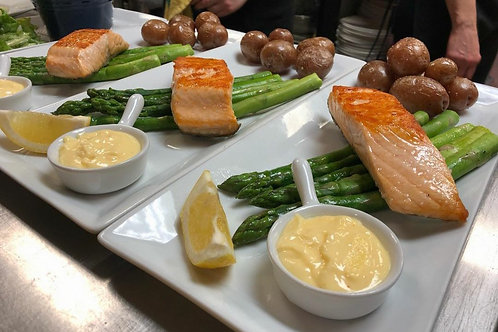 Seared Salmon Dinner for 2 Box