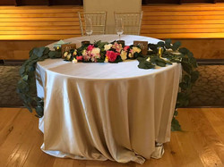 Simple but elegant sweetheart table