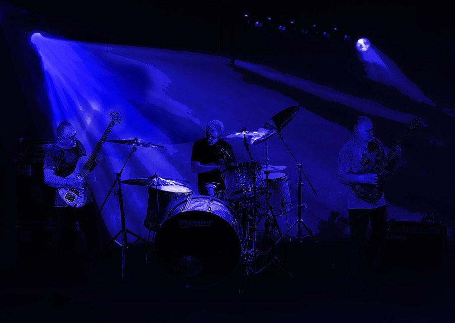 band me  and  iain blue take 2.jpg