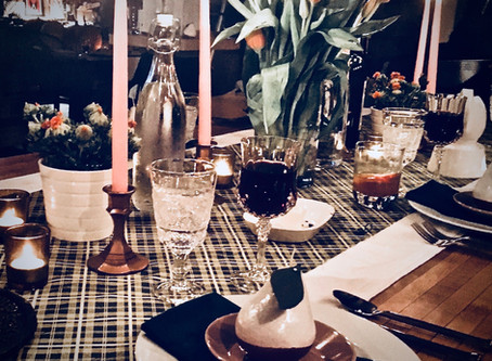 "Tips for Hosting a ""Friendsgiving"""