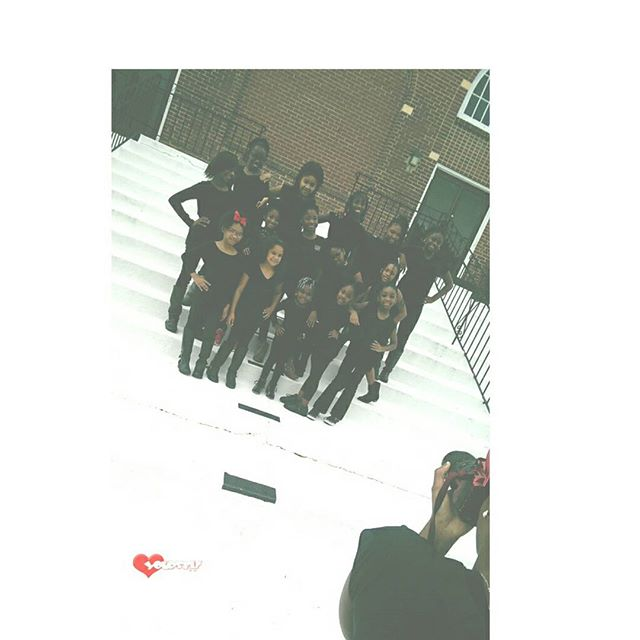 Behind the Scenes Group Pics with Photographer Tamyia Allen_)
