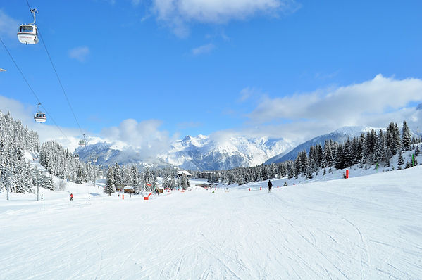 ski-4188834_1920.jpg