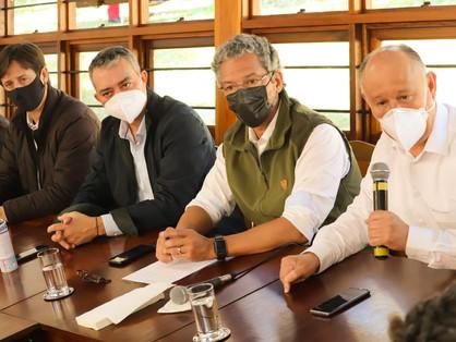 Estado se compromete com Crédito Emergencial para Agricultura Familiar em reunião na Expointer