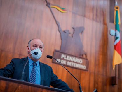 DEPUTADO DESTACA A FALTA DE INVESTIMENTO DO GOVERNO DO ESTADO NO COMBATE A COVID