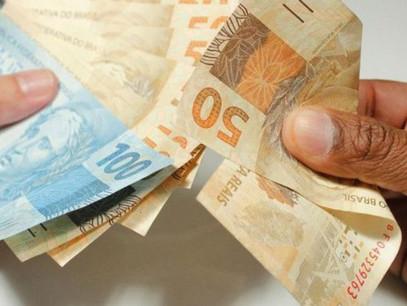 Contra o congelamento do salário mínimo regional