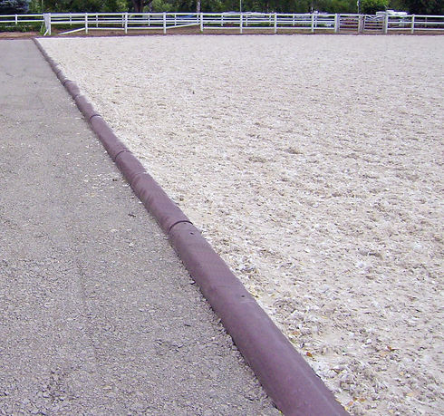 HAHN_horse arena and dry lot edging_1.jp