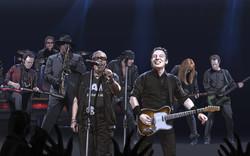 Sam Moore performing w/ Bruce Springsteen