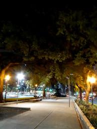 Av. Nueve de Julio at night