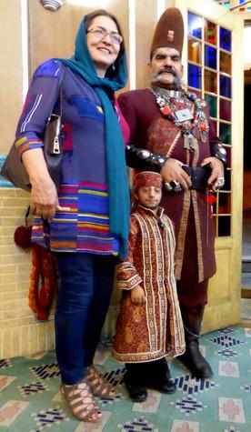 Iranian woman, dwarf, and giant