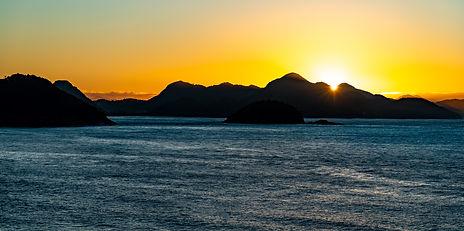 Copacabana sunrise 2.jpg