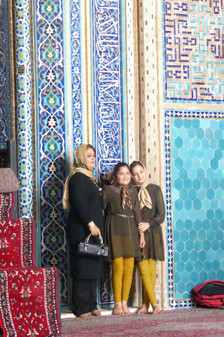 Mother and daughters, Iran
