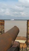 Cruise ship seen from Forte do Presépio