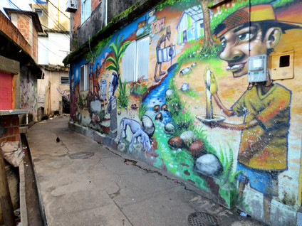 Casa Tela in Cantagalo Favela
