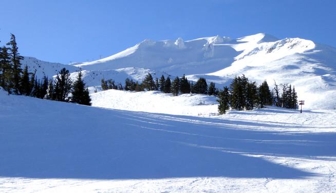 Morning skiing on Mt. Bachelor