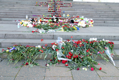 Flowers on steps of Christ the Savior Cathedral
