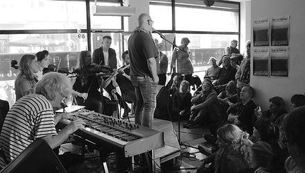 Koncert med musik til Erik Triggers digte.