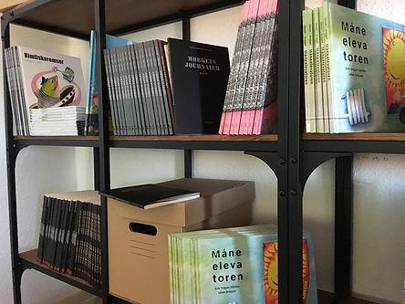 Udgivelser af forfatter og digter Erik Trigger, der står bag flere digtsamlinger og børnebøger.