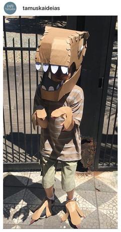 DIY Cardboard Dinosaur Head