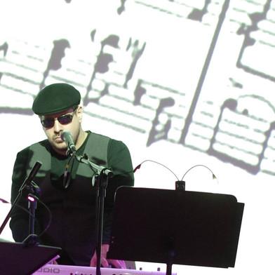 Max Masri live in Holland.