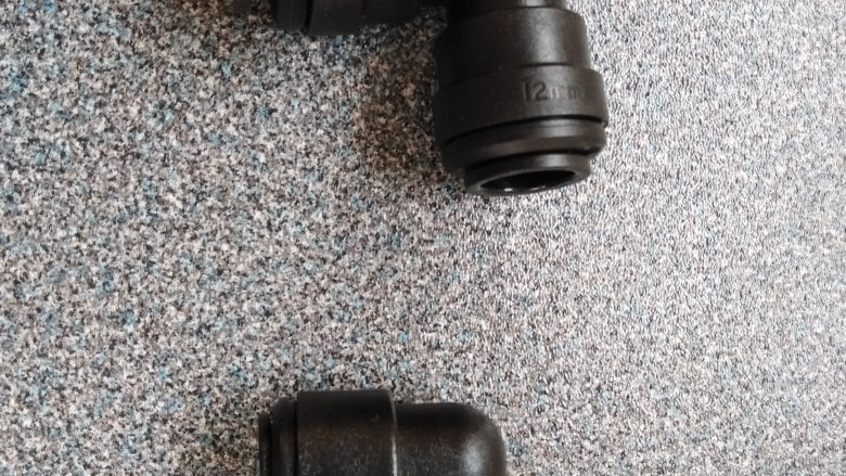 Push Fit Elbow Water Pipe Connector