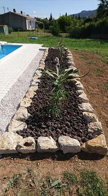 8390985Création jardin sec piscine0_3472914902749905_70365119225266