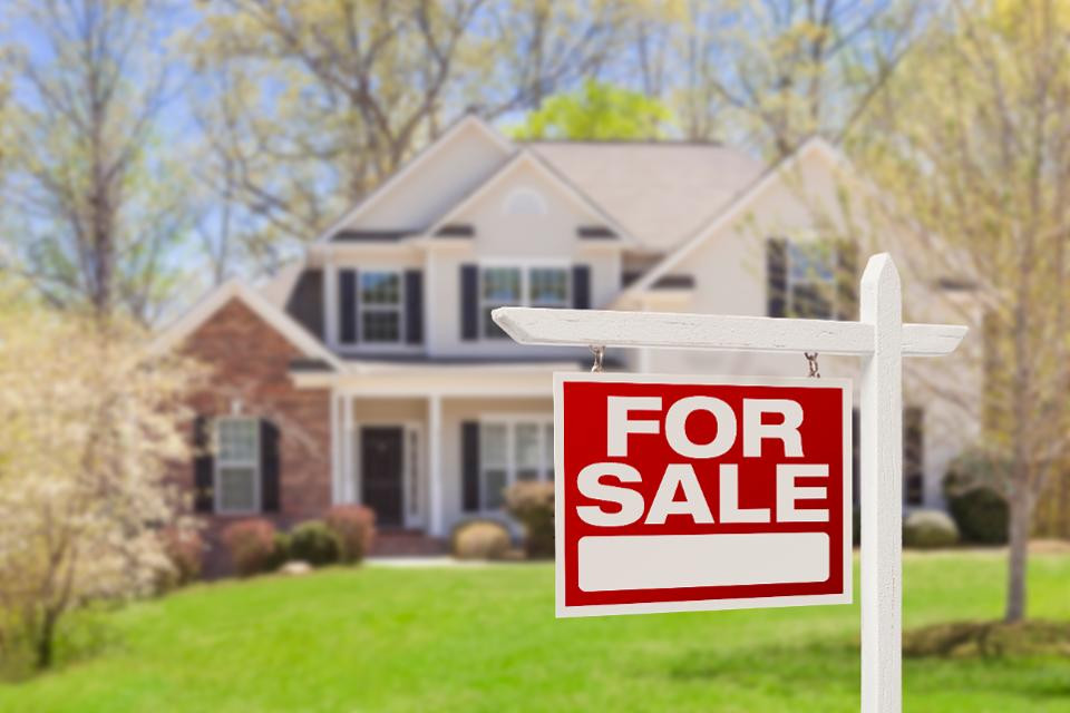How to Track Your Home's Value
