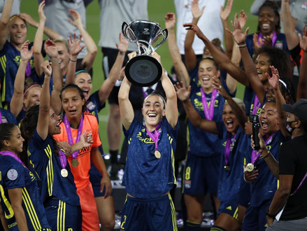 Lucy Bronze – the Lioness is coming home