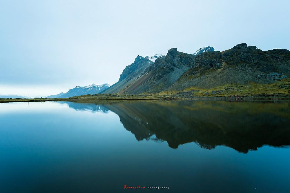 '' Mirror lake'' Stockholm yang terletak di selatan negara Iceland