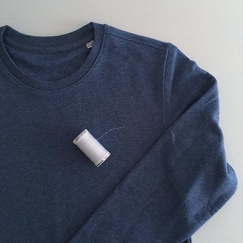 Personalisiertes Unisex Statement Sweatshirt - blau / weiß - 100% Bio & Fair