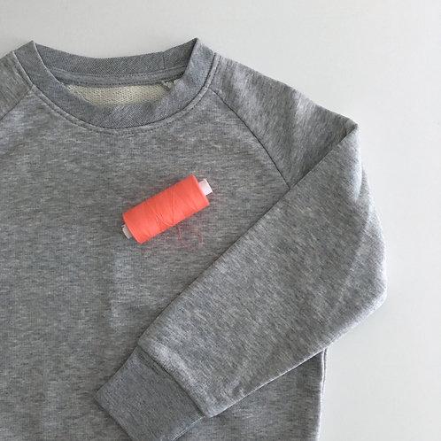 Personalisiertes Kinder Statement Sweatshirt - grau / korall - 100% Bio &a