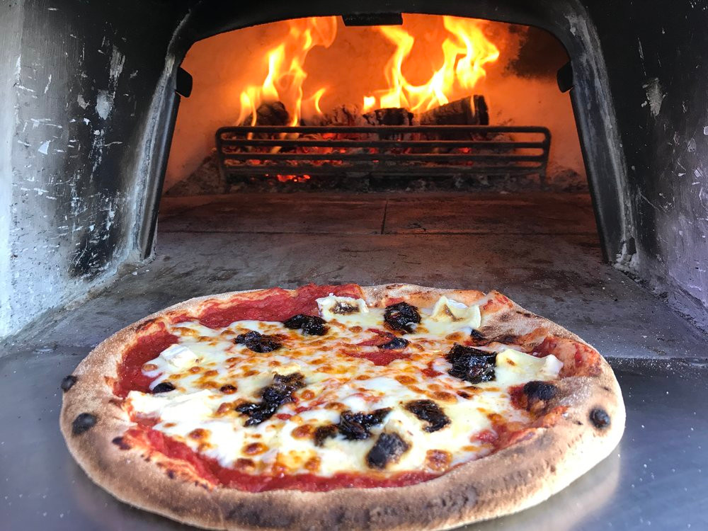 The Wandering Pizza