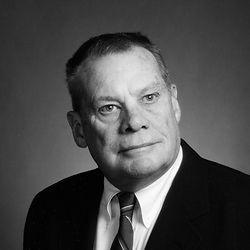Earl E. Robertson Jr