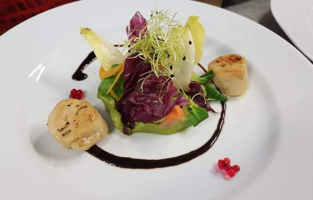 insalata di avocado e capesante
