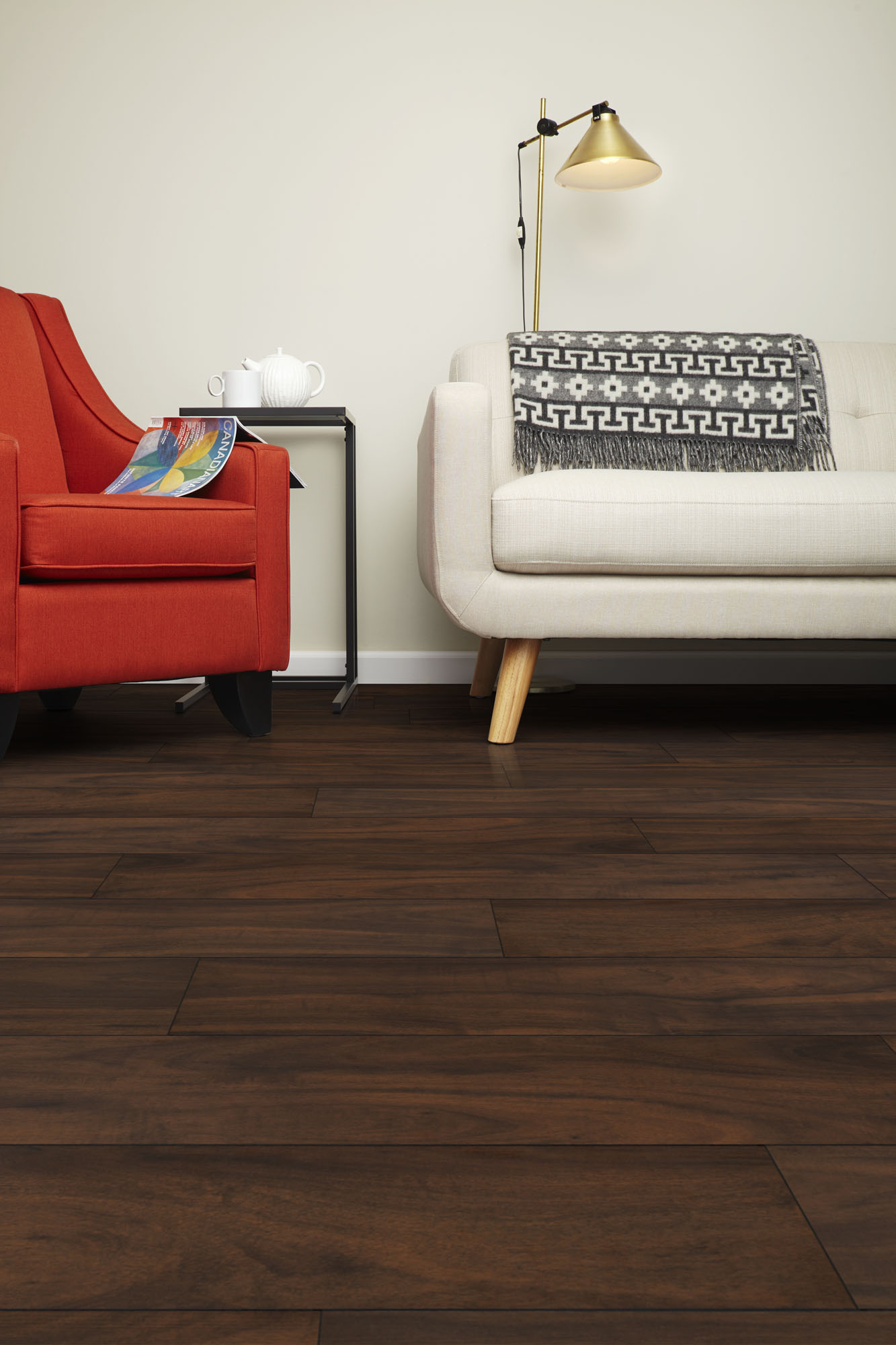 Solido Brazilian Walnut Laminate
