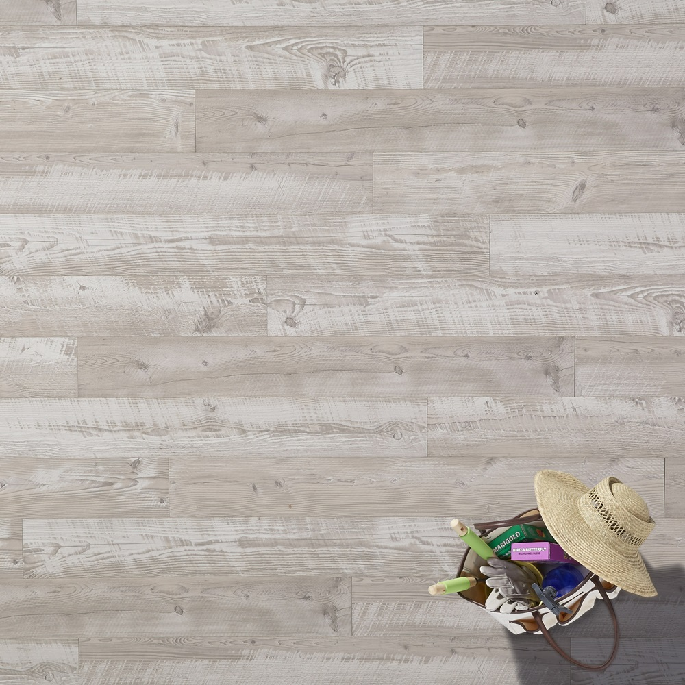 SeaviewPine Dune Laminate