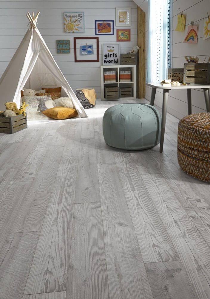SeaviewPine Cloud Laminate