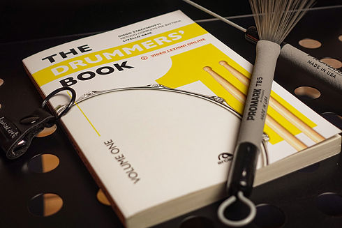 Foto Sito - The Drummers' Book.jpg