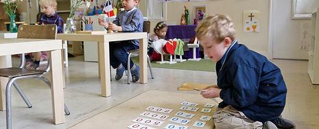 Montessori chrétien 4.jpg
