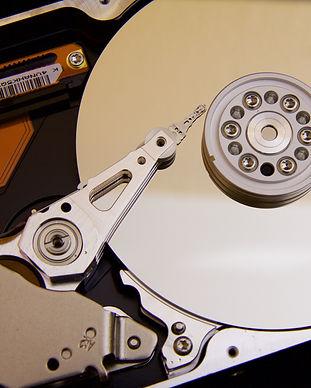 silver-hard-drive-interals-33278.jpg