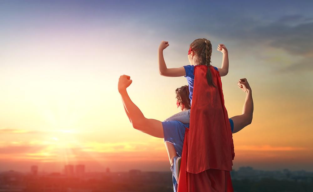 Pai e filha de heróis