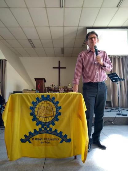 Pastor Marcos Barbosa