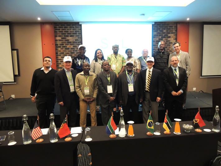 O Comitê Executivo do Sol-África no Encontro Lusófono - 2015
