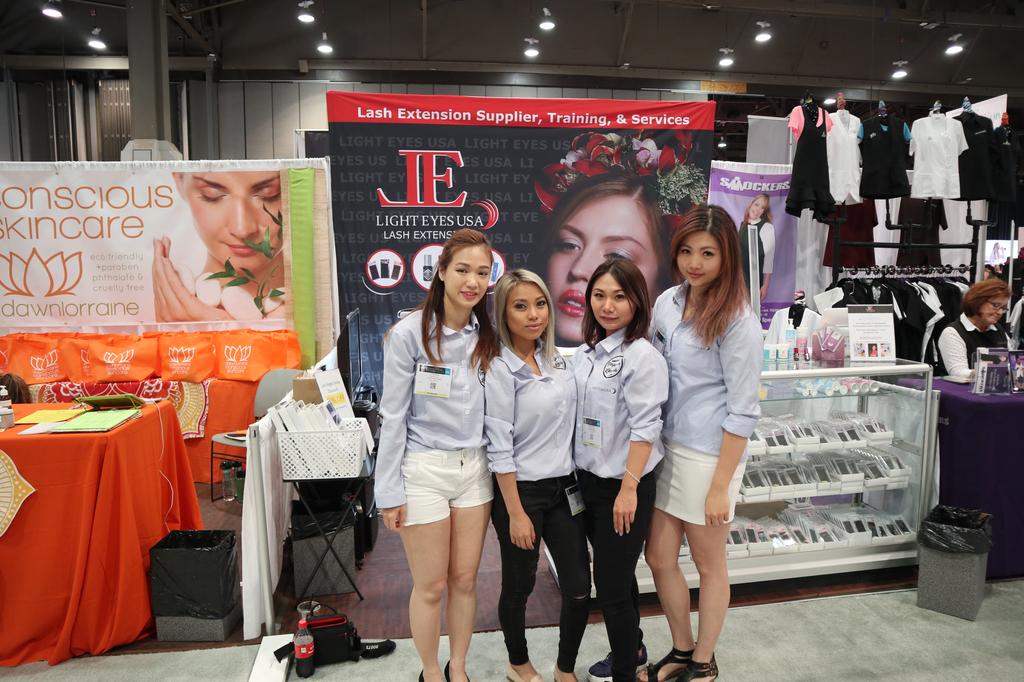 Blog | Eyelash Extension Supplier & Course | Light Eyes USA | United