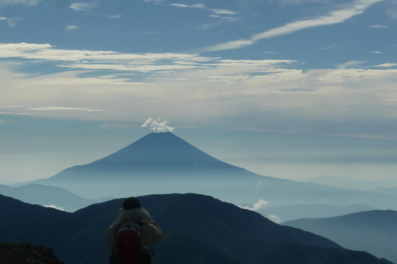 P1060798聖岳から富士山