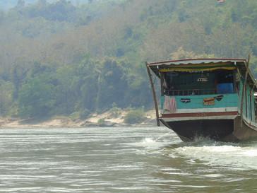 Nos premiers pas au Laos