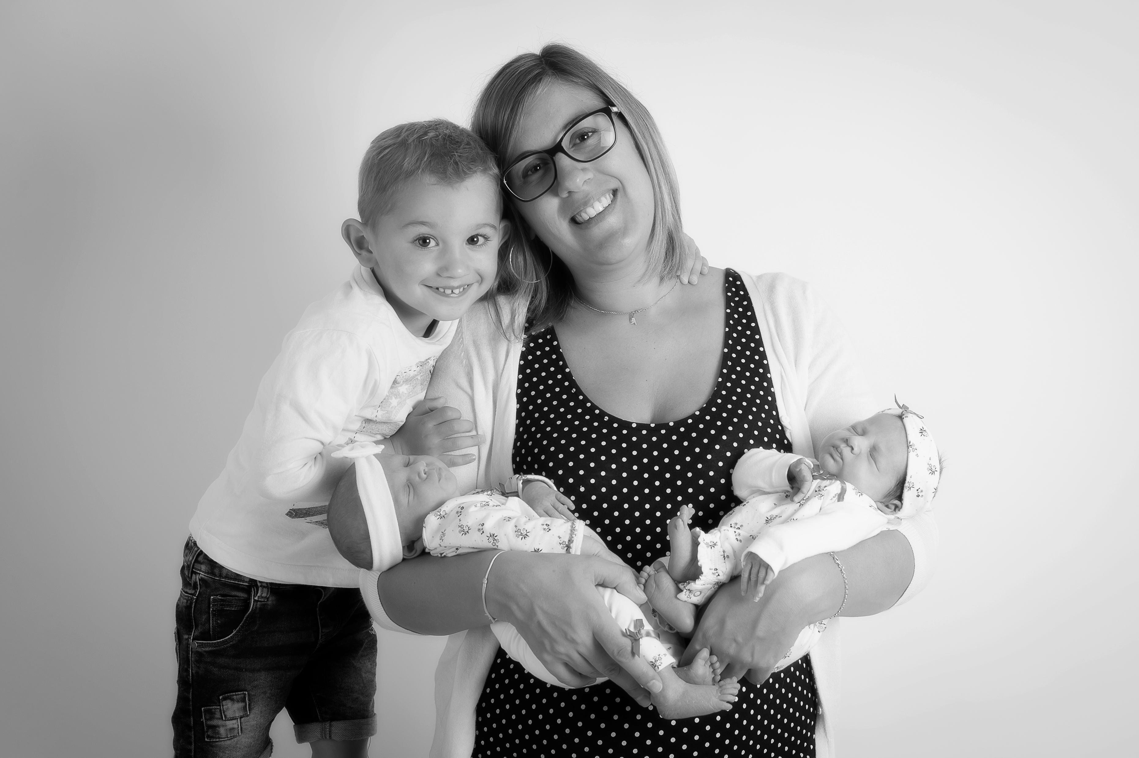 PHOTOGRAPHE NOUVEAU NE NAISSANCE ENFANT FAMILLE GROSSESSE (7)