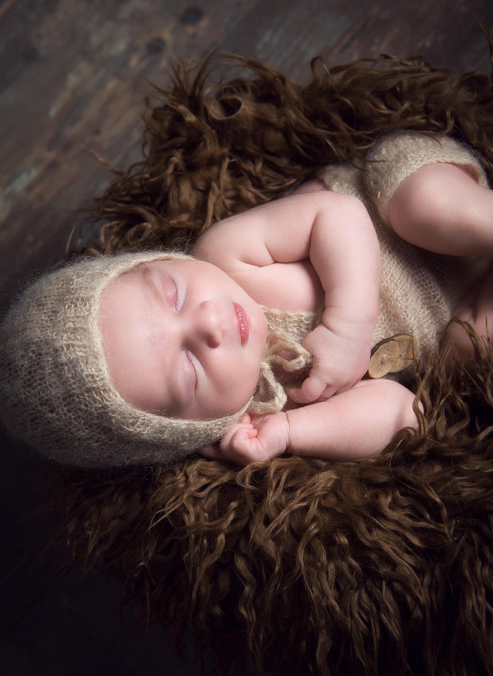 PHOTOGRAPHE NOUVEAU NE NAISSANCE ENFANT FAMILLE GROSSESSE (28)