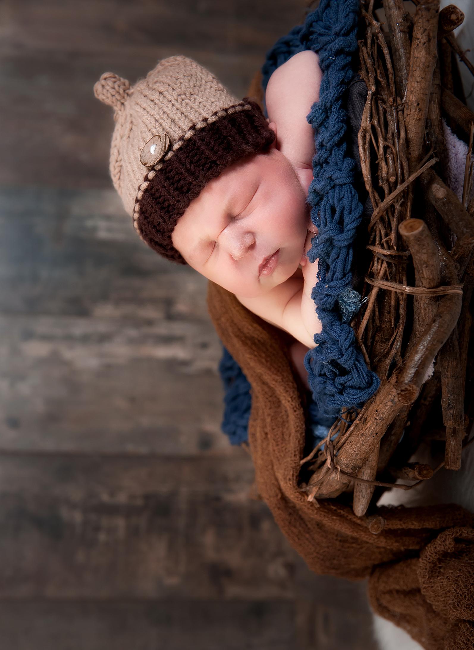PHOTOGRAPHE NOUVEAU NE NAISSANCE ENFANT FAMILLE GROSSESSE (66)