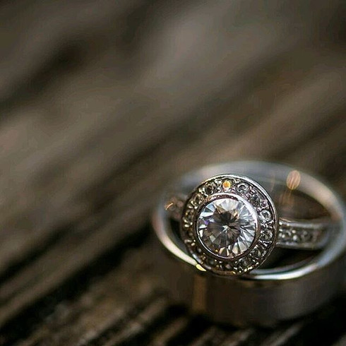 #wedding #fun #lowe #ring #bluewater #di